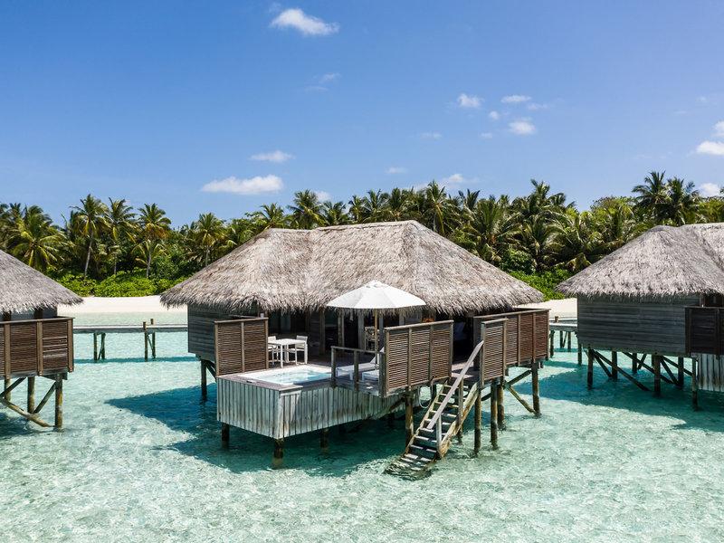 Wohnbeispiel Villa mit Pool und Zugang zum Ozean
