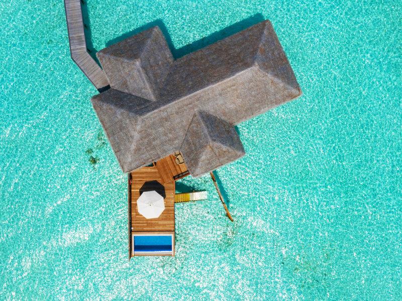 Conrad Rangali Island Malediven - Wunderbarer Blick aus der Vogelperspektive auf eine Villa