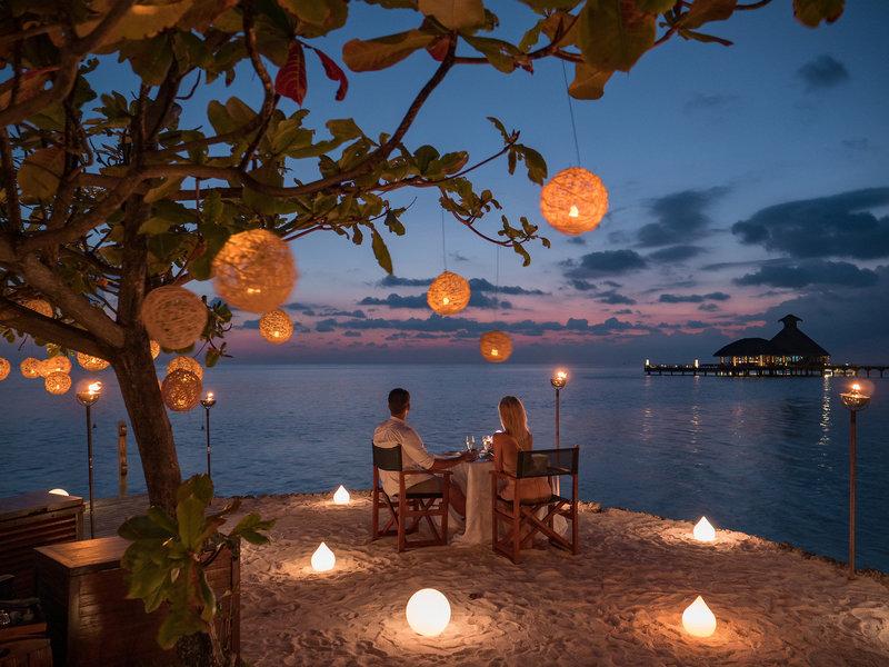 Huvafen Fushi Maldiven - Beim romantischen Abendessen