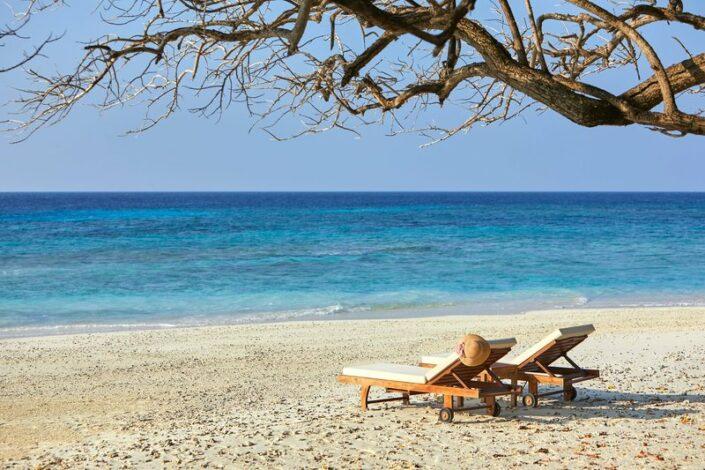 Taj Coral Reef Malediven - Zeit für Zwei am Strand