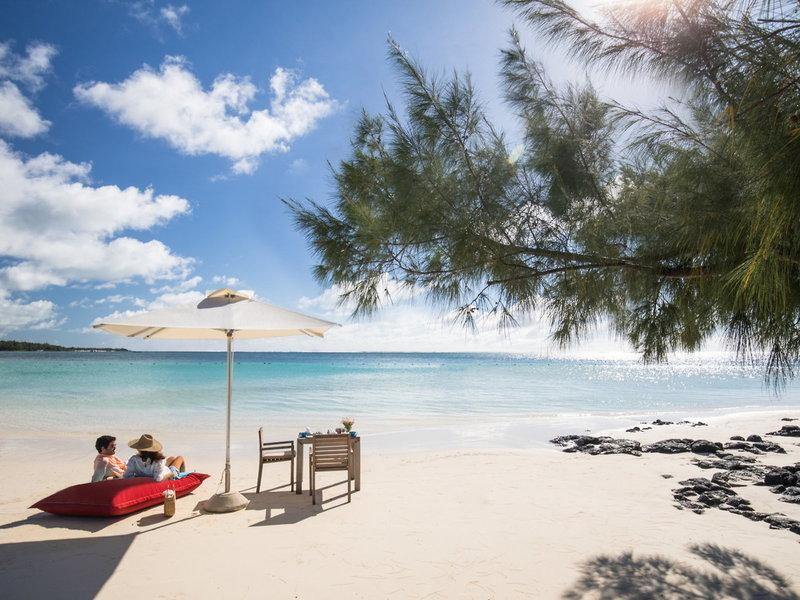 LUX Belle Mare Mauritius - Zeit für Zwei am Strand
