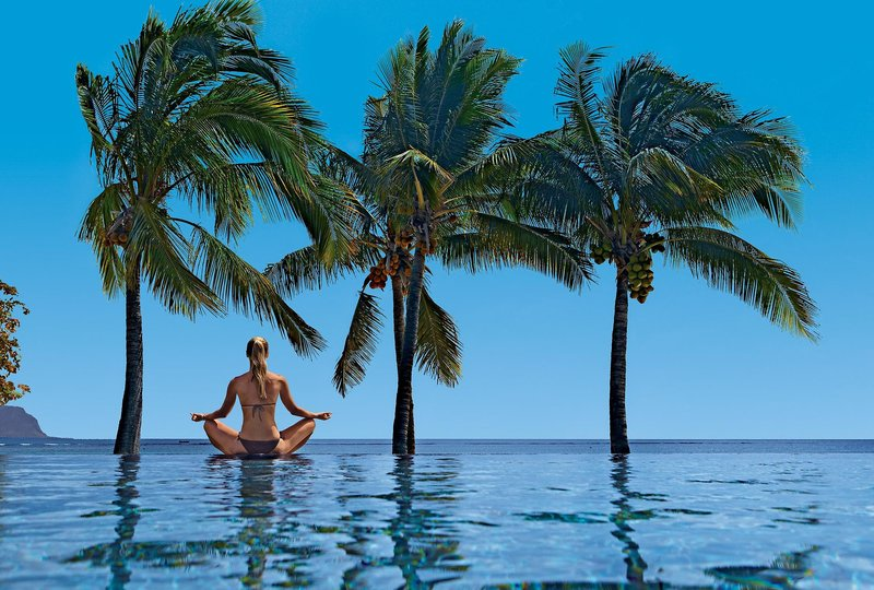 Maradiva Villas Resort Mauritius - Entspannung am Pool