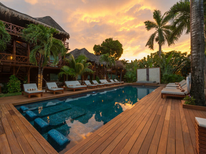 Magic Blue Hotel Yucatan - Abends am Pool