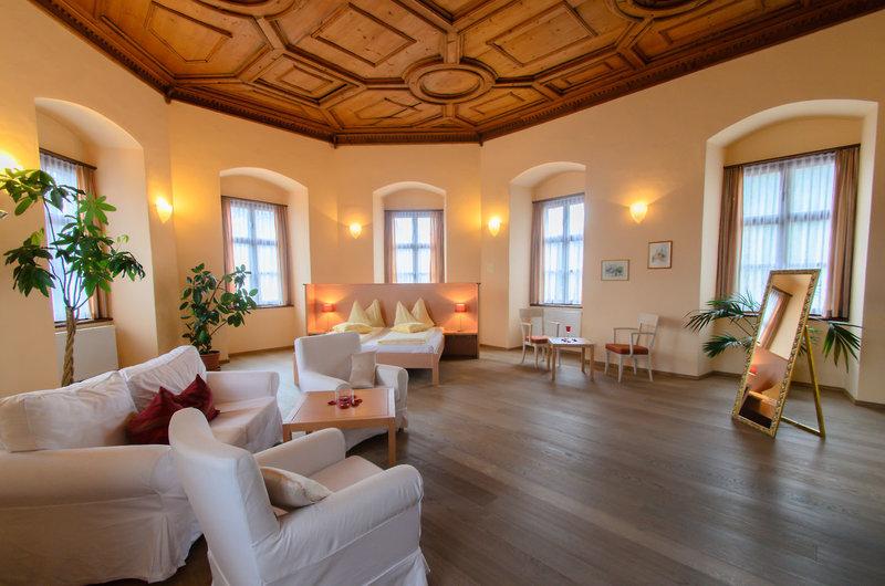 JUFA Hotel Schloss Röthelstein/Admont - Wohnbeispiel