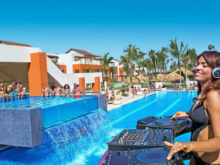 Breathless Punta Cana Dominikanische Republik - Pool Stimmung