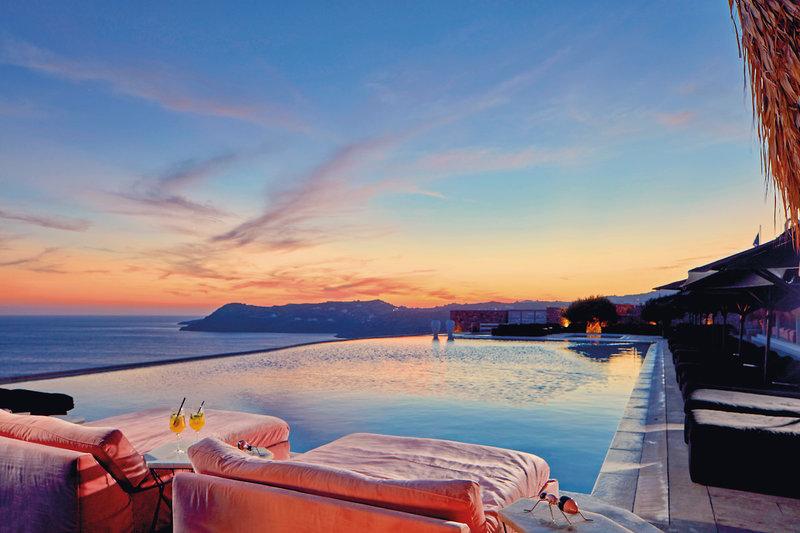 Myconian Villa Collection Kykladen - Wunderbarer Sonnenuntergang bei einem Drink über dem Mittelmeer