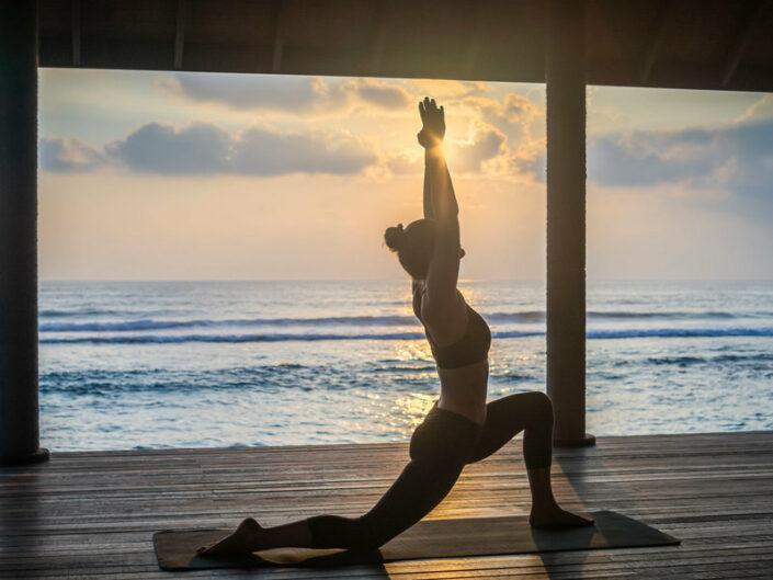 Beim Yoga den Morgen begrüssen
