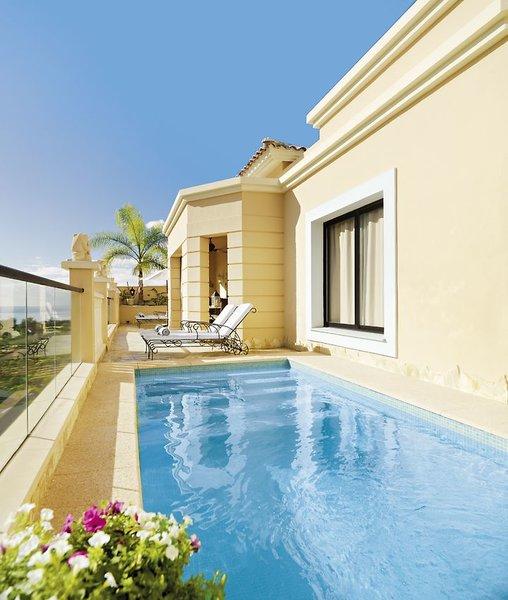 Wohnbeispiel Terrasse mit private Pool